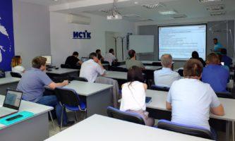 «Комацу СНГ» и ИСТК провели семинар для сотрудников
